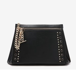 Express stud and chain clutch